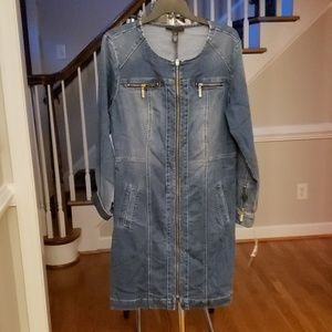 Jean dress with long sleeves